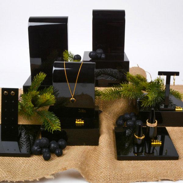 AW19 Jewellery Display (3)