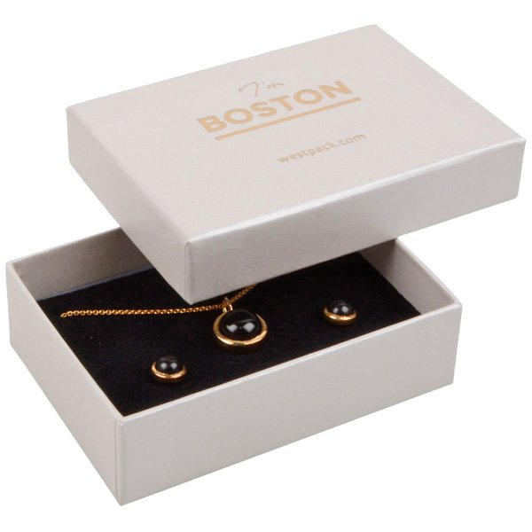 Boston sieradendoosje voor sieradenset Pearl ivoorwit karton/ Dubbelzijdig wit-zwart foam 85 x 62 x 25