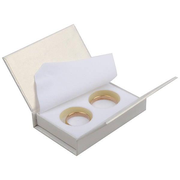 Boston sieradendoosje voor trouwringen Pearl ivoorwit karton/ Wit foam 75 x 51 x 19
