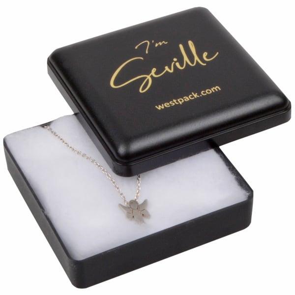 Seville wattendoosje voor oorbellen / hanger Mat zwart kunststof/ Witte watten 60 x 60 x 21