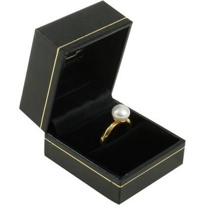 Bombay sieradendoosje voor ring Zwart kunstleer met gouden bies / Zwart velours 47 x 52 x 39