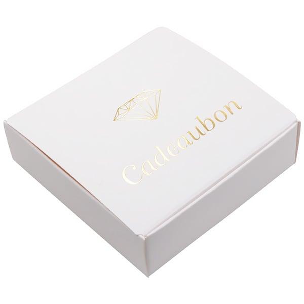 Cadeaubon als Vouwdoosje, met diamant, 50 stuks Wit karton/ Nederlandse tekst in goud 100 x 100 x 30 NL