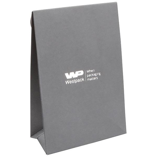 Matte cadeauzakje voor sieraden, klein grijs geribbeld papier 90 x 135 x 45
