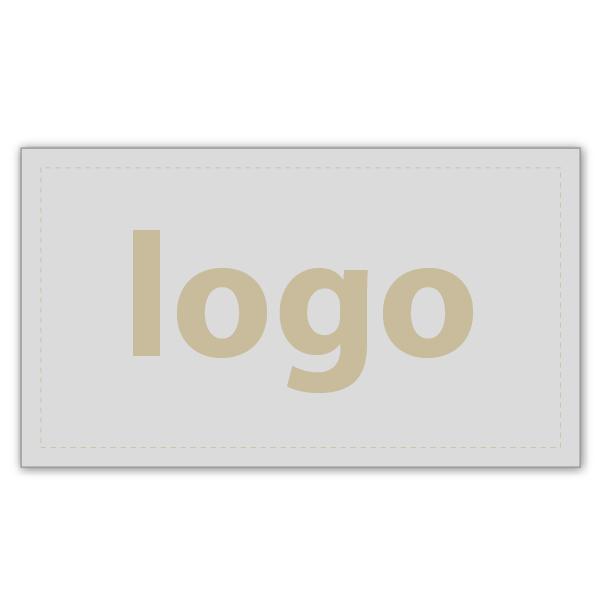 Etiket met logo 018 - Rechthoekig, scherpe hoeken Mat zilverkleurig etiket met uw logobedrukking 28 x 16