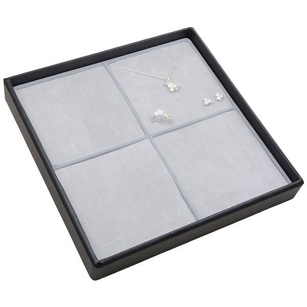 Moyen plateau présentation: 4x parures 3 pièces Plateau noir / Intérieur mousse gris clair 235 x 235 x 32 Insert: 106,6x106,6x10
