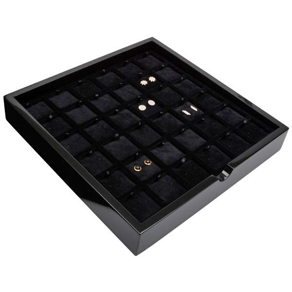 Plateau présentation: 36 paires de BO Bois noir lacqué/ Coussins en velours noir 241 x 241 x 38