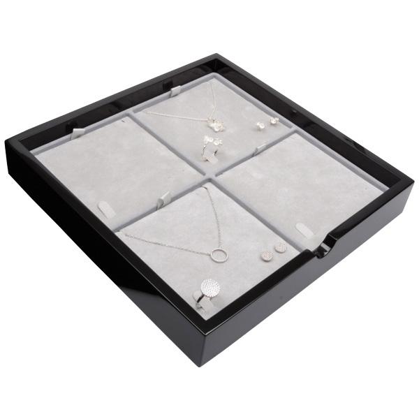 Plateau présentation: 4x parures 3 pièces Bois noir lacqué/ Coussins en velours gris clair 241 x 241 x 38