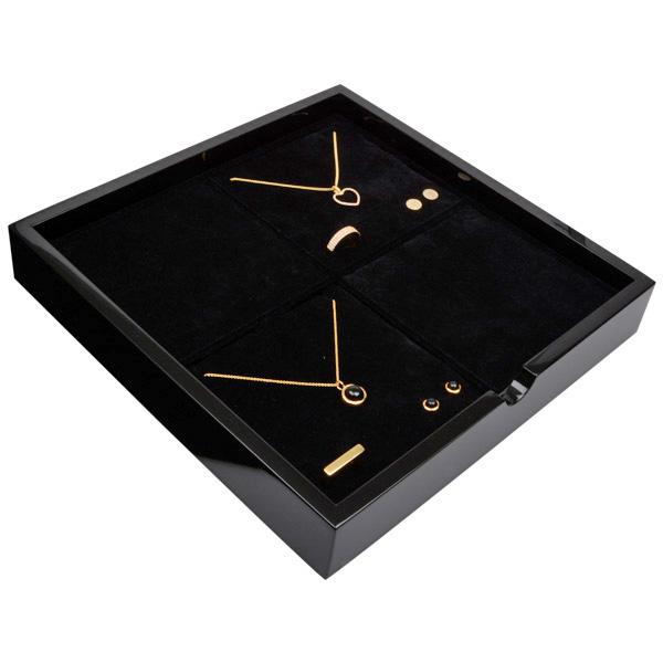 Tableau voor 4x sieradenset Zwart hoogglans hout/ Zwarte foam kussens 241 x 241 x 38