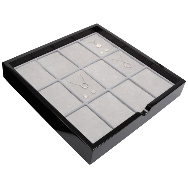 Tableau voor 12x lange oorbellen Zwart hoogglans hout/ Grijze foam kussens 241 x 241 x 38
