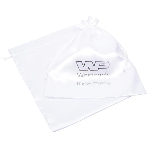 Satijnzakje met logobedrukking op zakje, XL Wit satijn 250 x 350