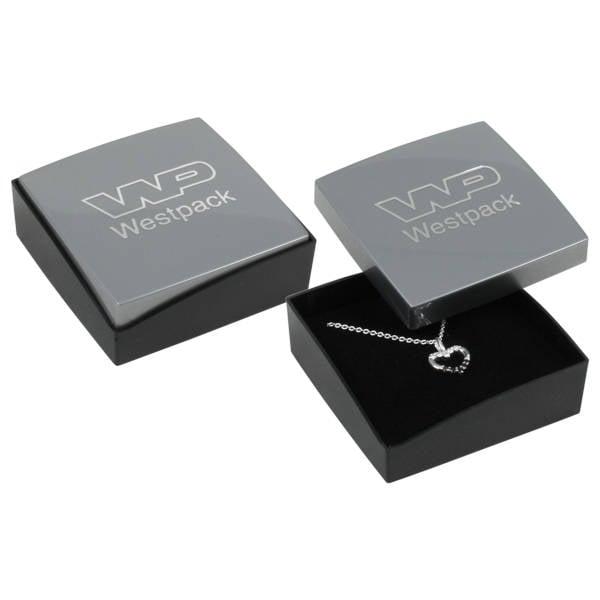 Grootverpakking -  Copenhagen doosje hanger/broche Zilver deksel, zwarte bodem / Zwart foam 60 x 60 x 21