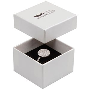Boston sieradendoosje voor ring Pearl ivoorwit karton/ Dubbelzijdig wit-zwart foam 50 x 50 x 32