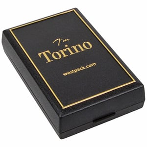 Torino sieradendoosje ketting met grote hanger Zwart kunststof met gouden bies/ Zwart foam 55 x 92 x 21