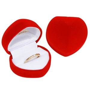 Baltimore Heart-shaped Jewellery Box for Ring Red Flocked Plastic / White Velour Interior 50 x 45 x 38