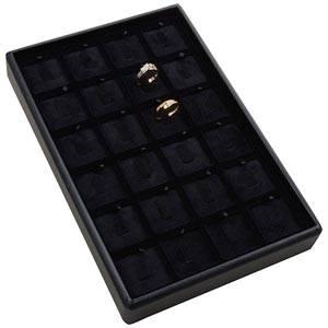 Mała kaseta na 24 pierścionki na haczykach Czarna wkladka / czarny welur 156 x 235 x 28 Insert: 31,9x31,9x6