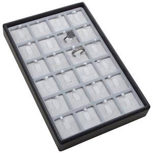 Mała kaseta na 24 pierścionki na haczykach Czarna wkladka / jasno-szary welur 156 x 235 x 28 Insert: 31,9x31,9x6