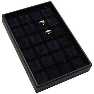 Mała kaseta na 24 pierścionki na haczykach Czarna wkladka / czarny welur 156 x 235 x 32 Insert: 31,9x31,9x6