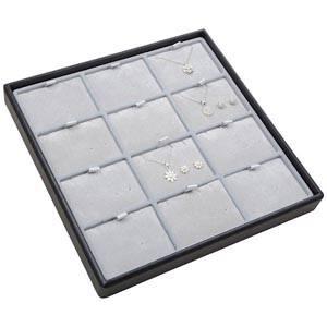 Medium tableau voor 12x sieradenset, liggend Lichtgrijze Partitie / Lichtgrijze Velours Insert 235 x 235 x 28 Insert: 70x51,9x6 mm