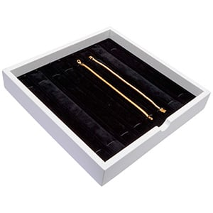 Tableau voor 8x armband, met elastiek Wit hoogglans hout/ Zwarte velours cartouches 241 x 241 x 38