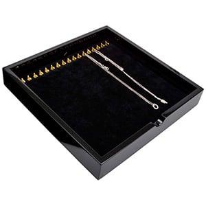 Tableau voor 17x ketting, op haakjes Zwart hoogglans hout/ Zwarte velours cartouches 241 x 241 x 38