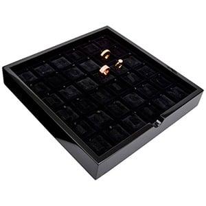Tableau voor 36x ring, op clipje Zwart hoogglans hout/ Zwarte velours cartouches 241 x 241 x 38