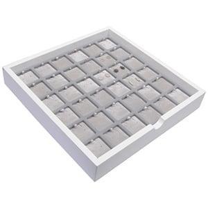 Plateau présentation: 36 paires de BO Bois blanc lacqué/ Coussins en velours gris clair 241 x 241 x 38