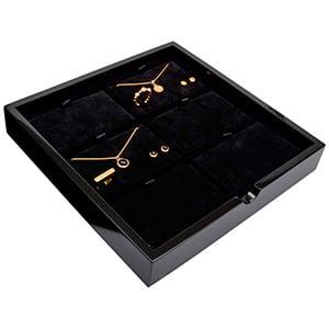 Plateau présentation: 6x parures 3 pièces Bois noir lacqué/ Coussins en velours noir 241 x 241 x 38