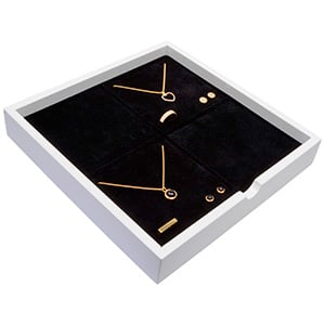 Tableau voor 4x sieradenset Wit hoogglans hout/ Zwarte foam kussens 241 x 241 x 38