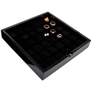 Tableau met 36 universele vakjes Zwart hoogglans hout/ Zwarte foam kussens 241 x 241 x 38