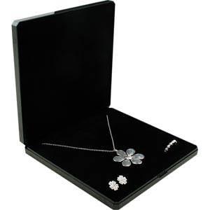 Grootverpakking -  Verona doosje voor collier Zwart plastic glitter en gouden bies/ Zwart foam 165 x 165 x 26
